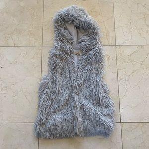 Piko Like New Gray Fur Vest Sz Small With Hood